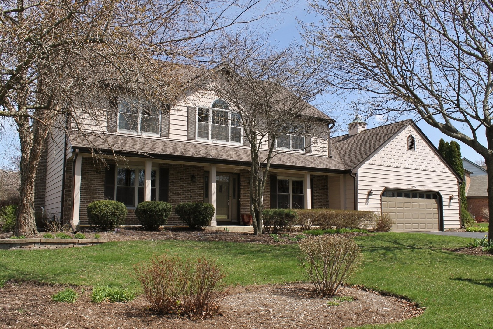 Photo for 815 White Pine Drive, Cary, IL 60013 (MLS # 10633365)