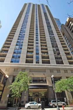 Photo of 200 N Dearborn Street, Unit Number 906, Chicago, IL 60601 (MLS # 10634616)
