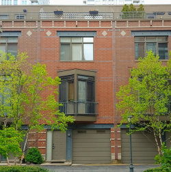 Photo of 310 N Clinton Street, Unit Number D, Chicago, IL 60661 (MLS # 10635280)