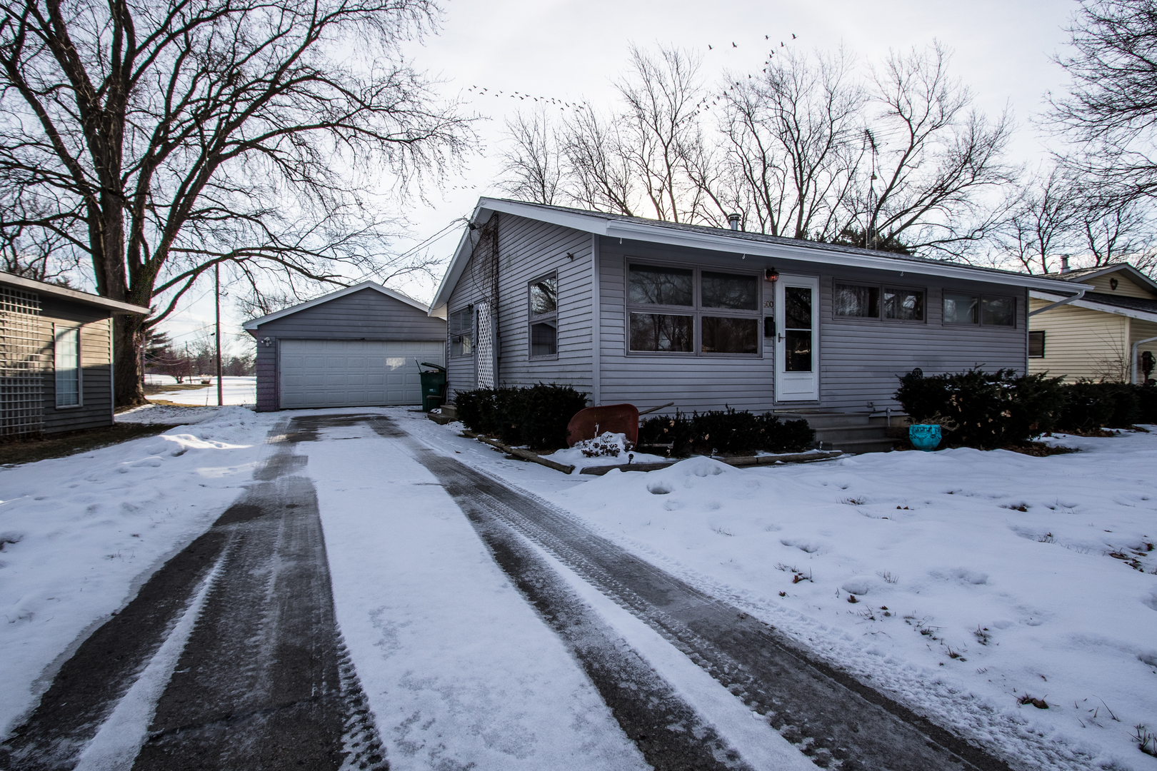 Photo for 500 Parkside Drive, Sycamore, IL 60178 (MLS # 10635318)