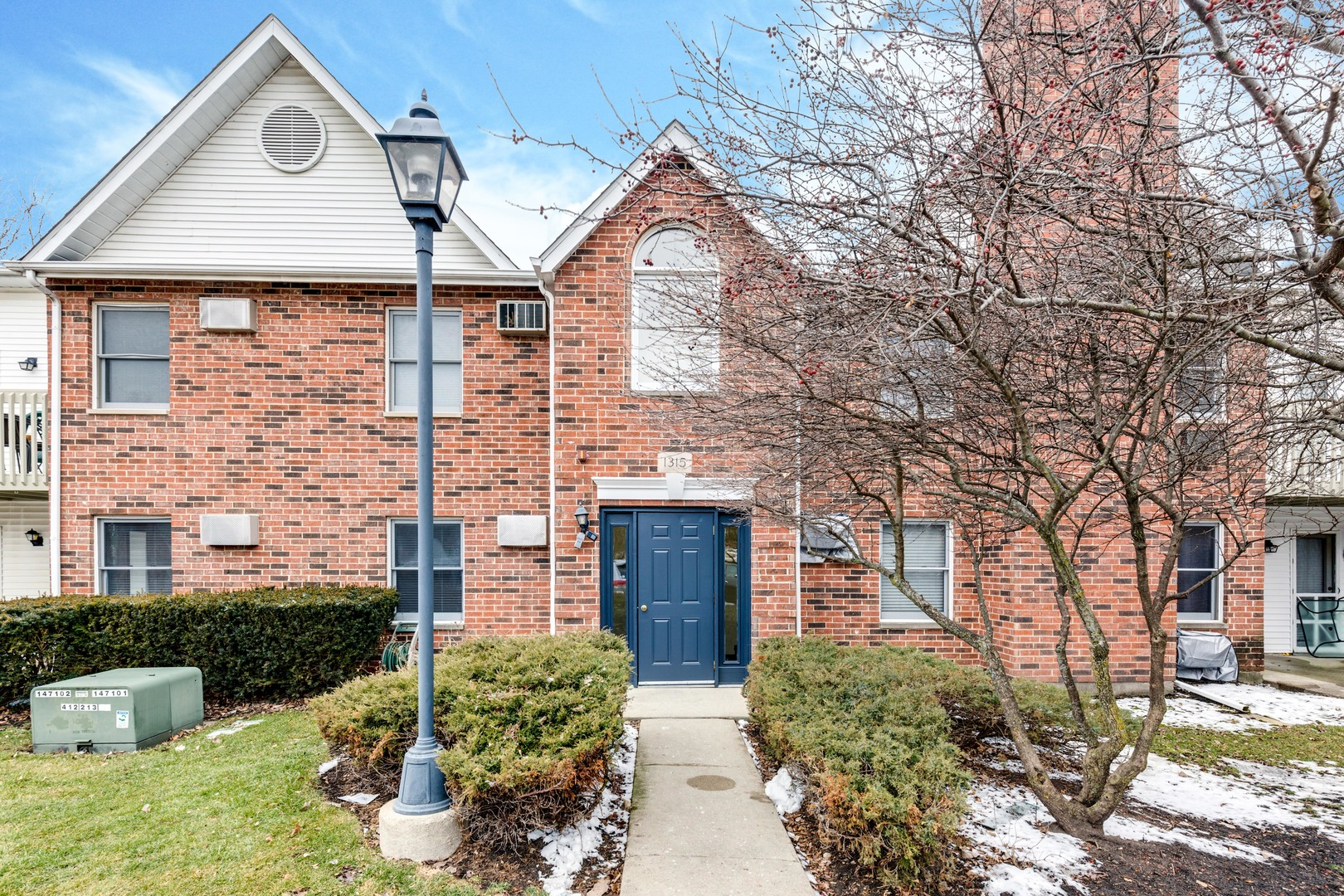 Photo for 1315 Cunat Court, Unit Number 1A, Lake In The Hills, IL 60156 (MLS # 10636814)