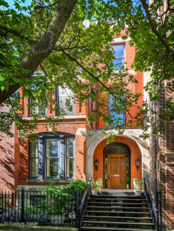 Photo of 2042 N Cleveland Avenue, Chicago, IL 60614 (MLS # 10637987)