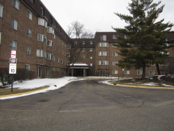 Photo of 220 S Roselle Road, Unit Number 403, Schaumburg, IL 60193 (MLS # 10638320)