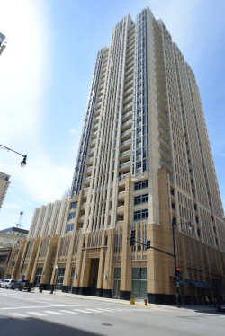 Photo of 1400 S Michigan Avenue, Unit Number 505, Chicago, IL 60605 (MLS # 10638359)