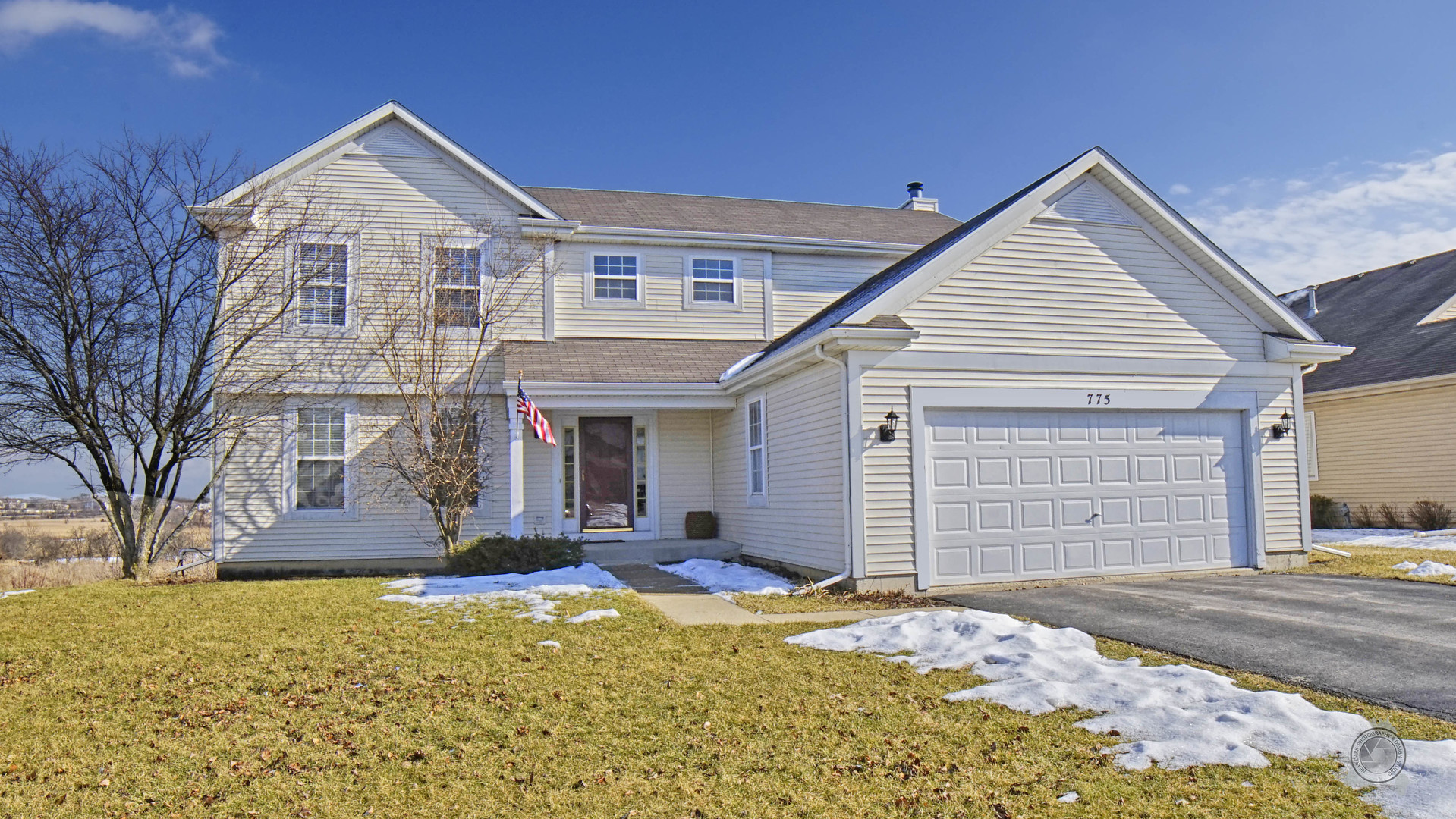 Photo for 775 N Overlook Circle, Round Lake, IL 60073 (MLS # 10640688)