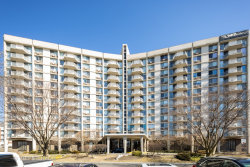 Photo of 20 N Tower Road, Unit Number 2H, Oak Brook, IL 60523 (MLS # 10648439)