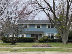 Photo of 1728 Longvalley Drive, Northbrook, IL 60062 (MLS # 10659284)