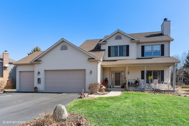 Photo for 503 Prairieview Parkway, Hampshire, IL 60140 (MLS # 10660990)