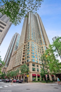 Photo of 25 E Superior Street, Unit Number 705, Chicago, IL 60611 (MLS # 10660996)