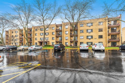 Photo of 6670 S Brainard Avenue, Unit Number 311, Countryside, IL 60525 (MLS # 10662538)