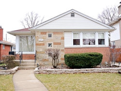 Photo of 1870 Belleview Avenue, Westchester, IL 60154 (MLS # 10665856)
