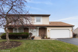 Photo of 890 Stonehurst Drive, Roselle, IL 60172 (MLS # 10671637)