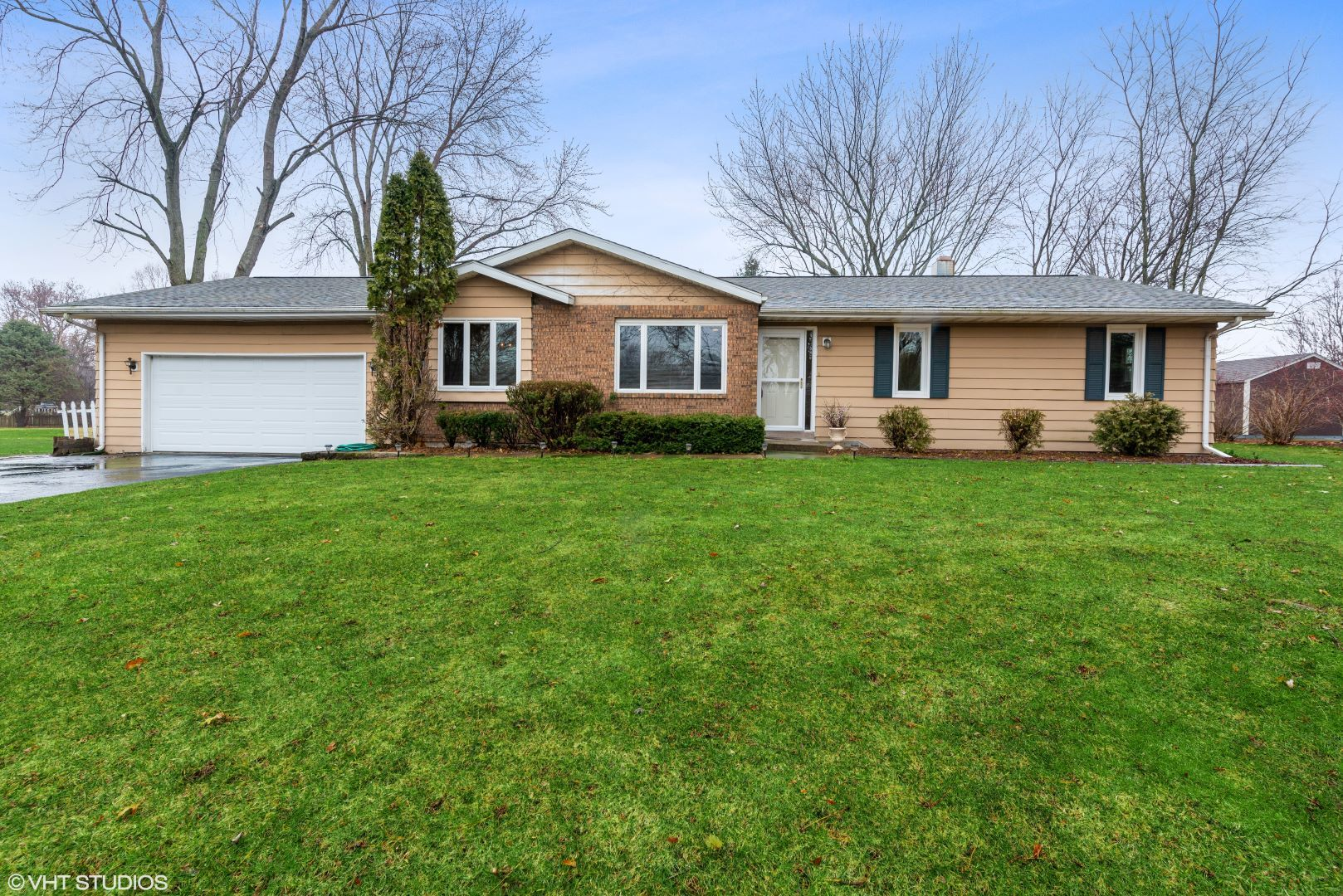 Photo for 1960 Boies Place, Sycamore, IL 60178 (MLS # 10672119)