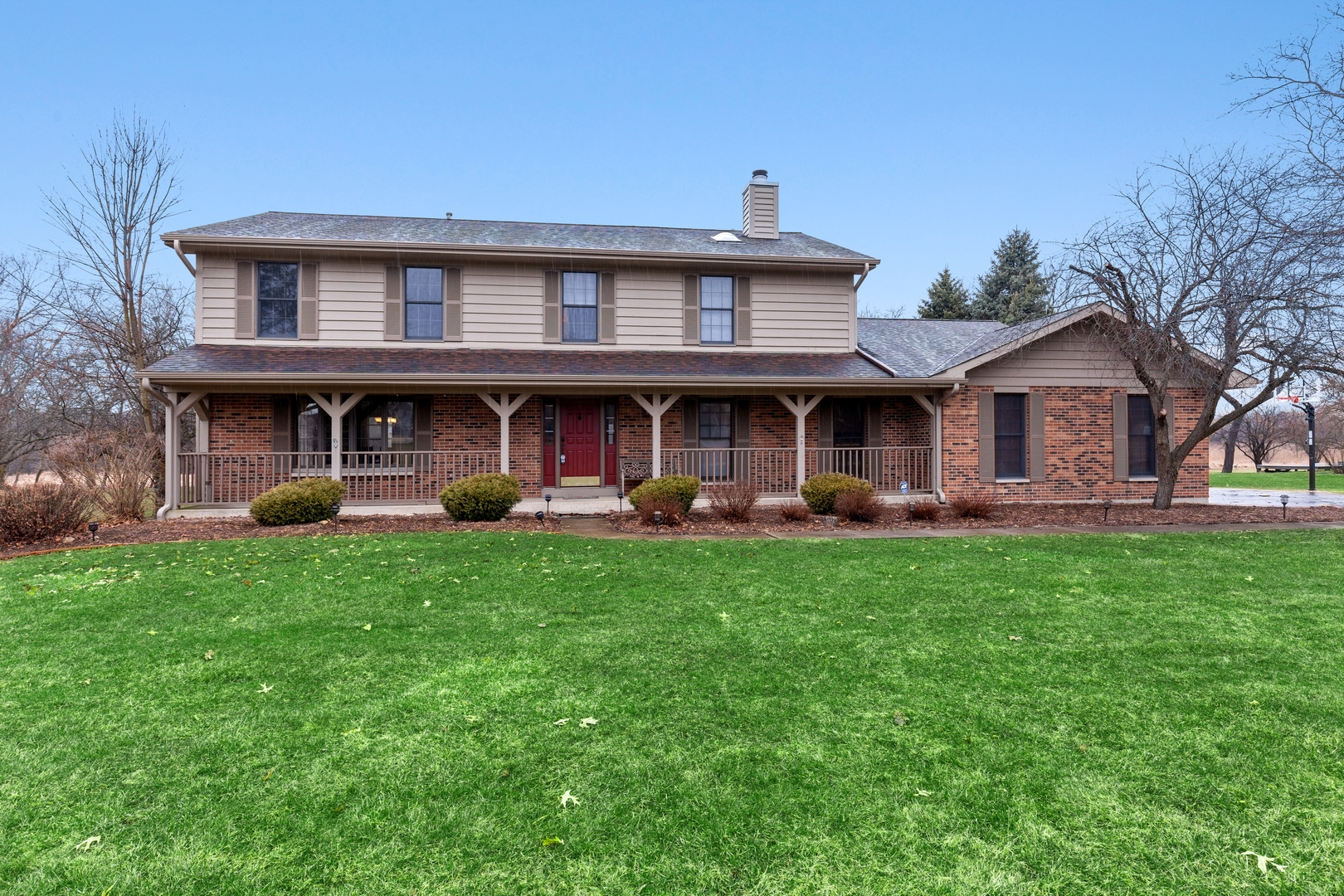 Photo for 3907 Live Oak Road, Crystal Lake, IL 60012 (MLS # 10673798)
