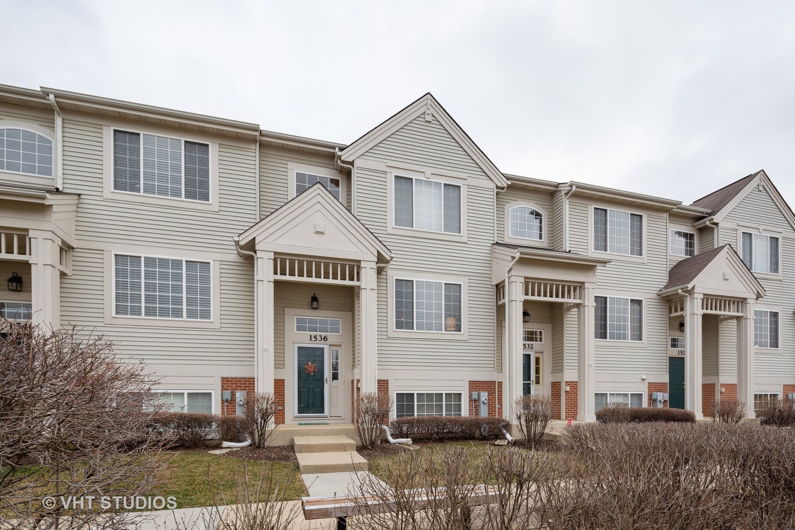 Photo for 1536 New Haven Drive, Cary, IL 60013 (MLS # 10674193)