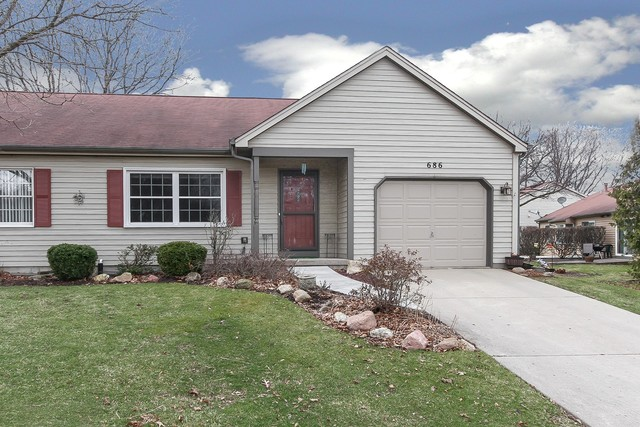 Photo for 686 Highland Springs Drive, Elgin, IL 60123 (MLS # 10678775)