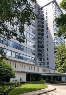 Photo of 3430 N Lake Shore Drive N, Unit Number 5L, Chicago, IL 60657 (MLS # 10680321)