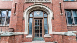 Photo of 1054 W Hollywood Avenue, Unit Number 1W, Chicago, IL 60660 (MLS # 10681692)