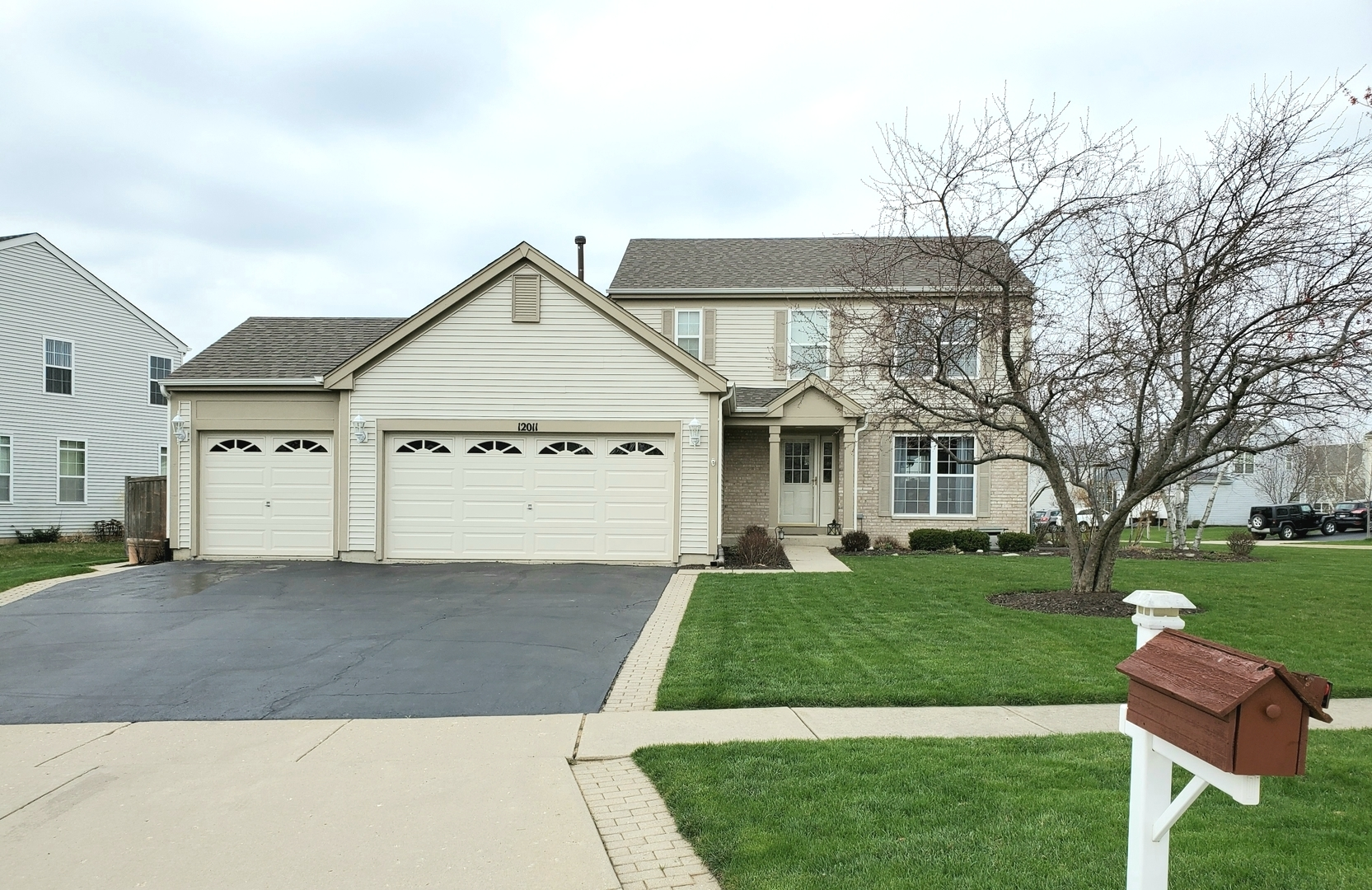 Photo for 12011 Yellowstone Drive, Huntley, IL 60142 (MLS # 10684200)