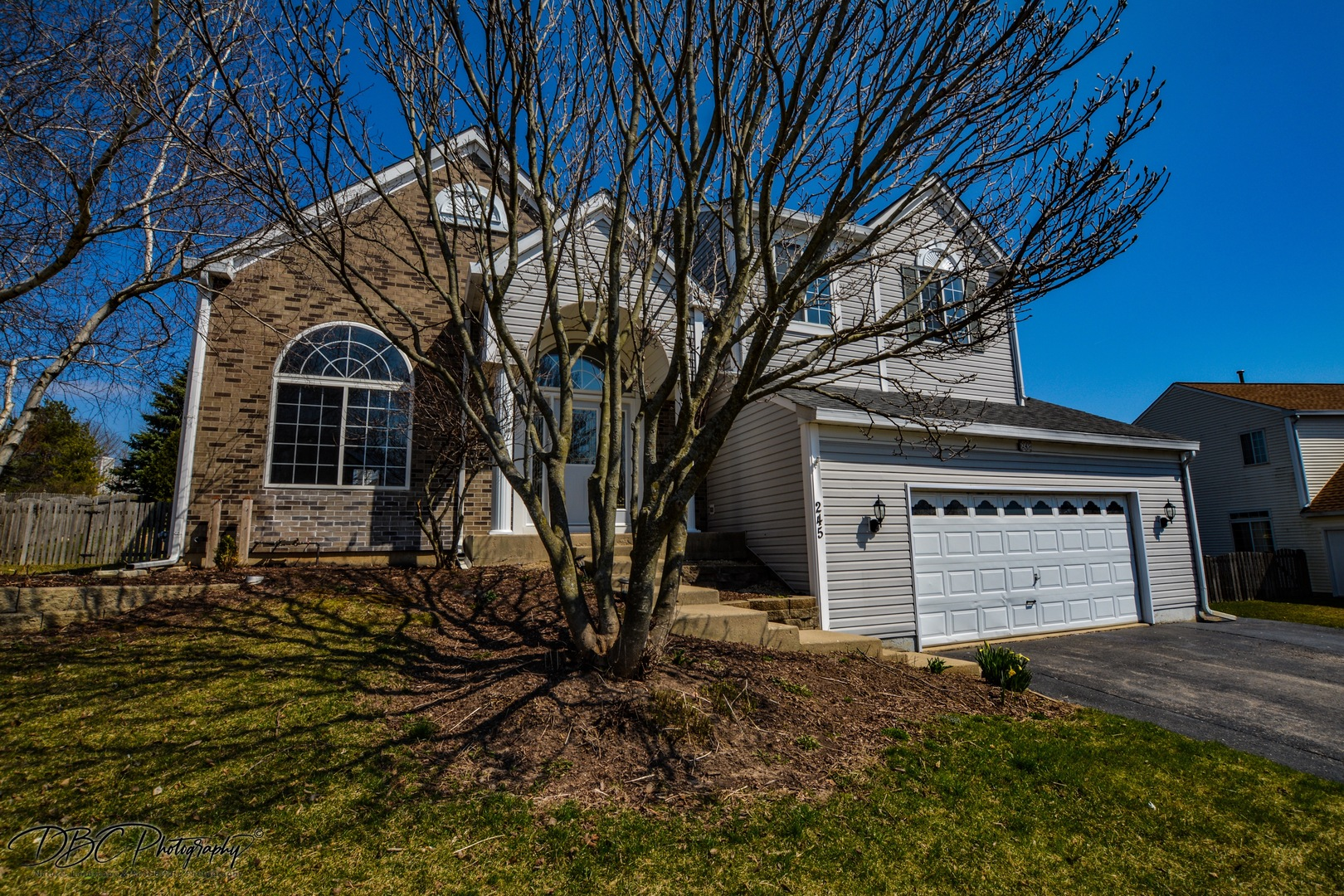 Photo for 245 Aberdeen Drive, Algonquin, IL 60102 (MLS # 10685670)