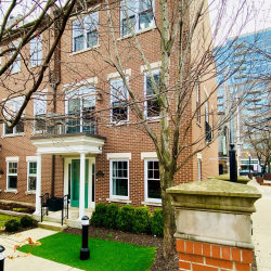 Photo of 210 W Scott Street, Unit Number A, Chicago, IL 60610 (MLS # 10712031)