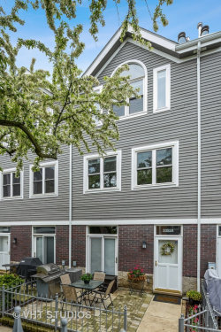 Photo of 3352 N Clifton Avenue, Unit Number A, Chicago, IL 60657 (MLS # 10721402)
