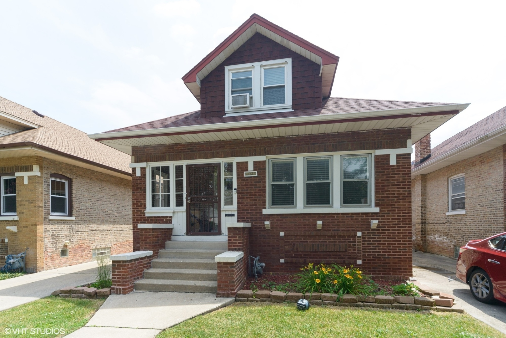 Photo for 2023 S 13th Avenue, Maywood, IL 60153 (MLS # 10745846)