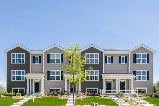 Photo for 2480 Bella Drive, Unit Number 2571, Pingree Grove, IL 60140 (MLS # 10761215)
