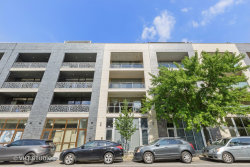 Photo of 843 N California Avenue N, Unit Number 2, Chicago, IL 60622 (MLS # 10768735)