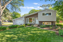 Photo of 822 Cadillac Drive, Wheaton, IL 60187 (MLS # 10771779)