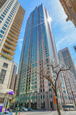 Photo of 33 W Ontario Street, Unit Number 21I, Chicago, IL 60654 (MLS # 10773317)