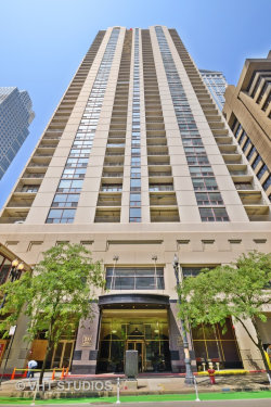 Photo of 200 N Dearborn Street, Unit Number 3006, Chicago, IL 60601 (MLS # 10774200)