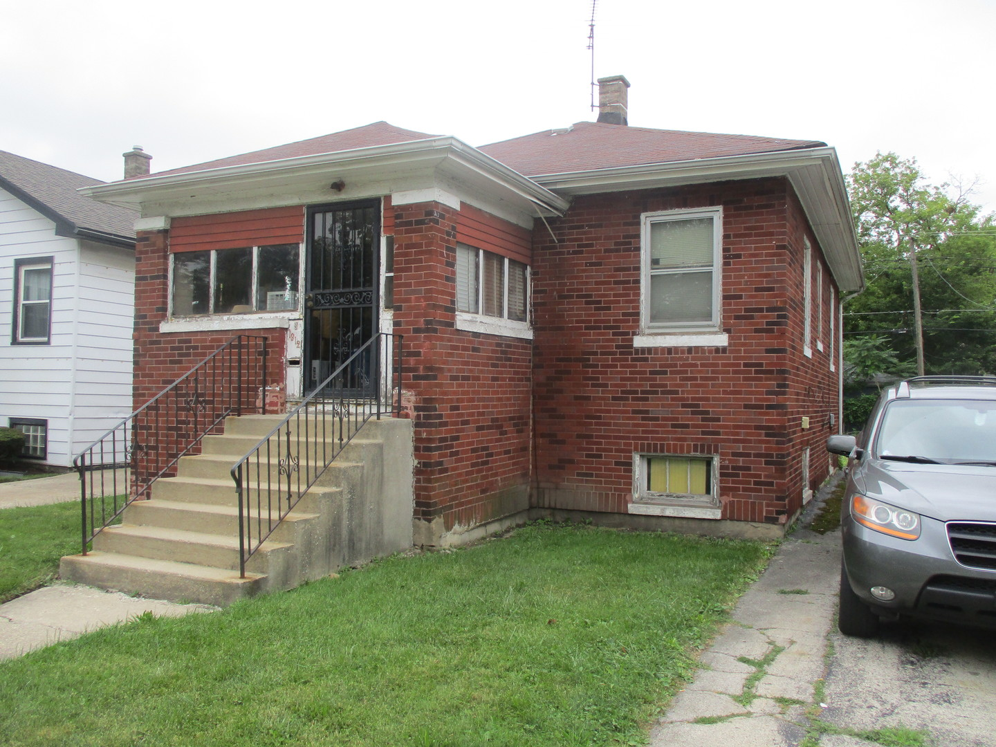 Photo for 1912 S 3rd Avenue, Maywood, IL 60153 (MLS # 10804435)