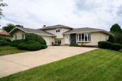 Photo of 10S281 Suffield Drive, Downers Grove, IL 60516 (MLS # 10804659)