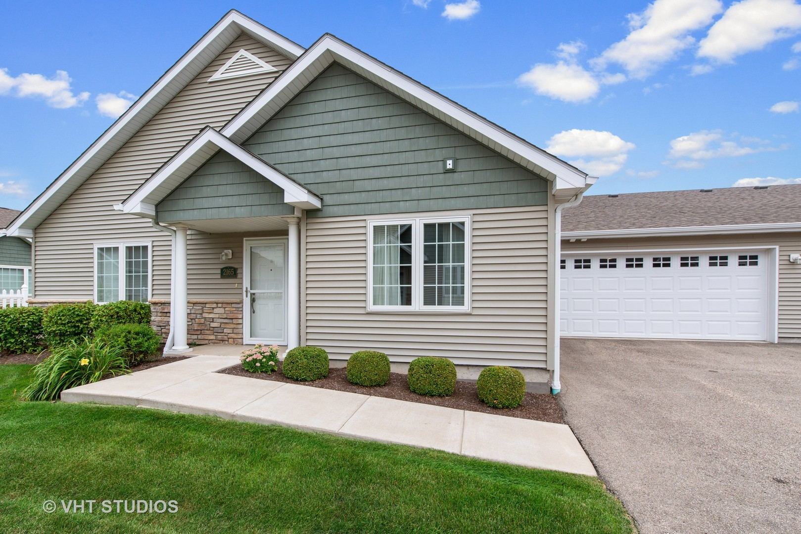 Photo for 2165 Waterbury Lane E, Unit Number 2165, Sycamore, IL 60178 (MLS # 10811477)