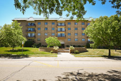 Photo of 40 S Main Street, Unit Number 5B, Glen Ellyn, IL 60137 (MLS # 10815860)