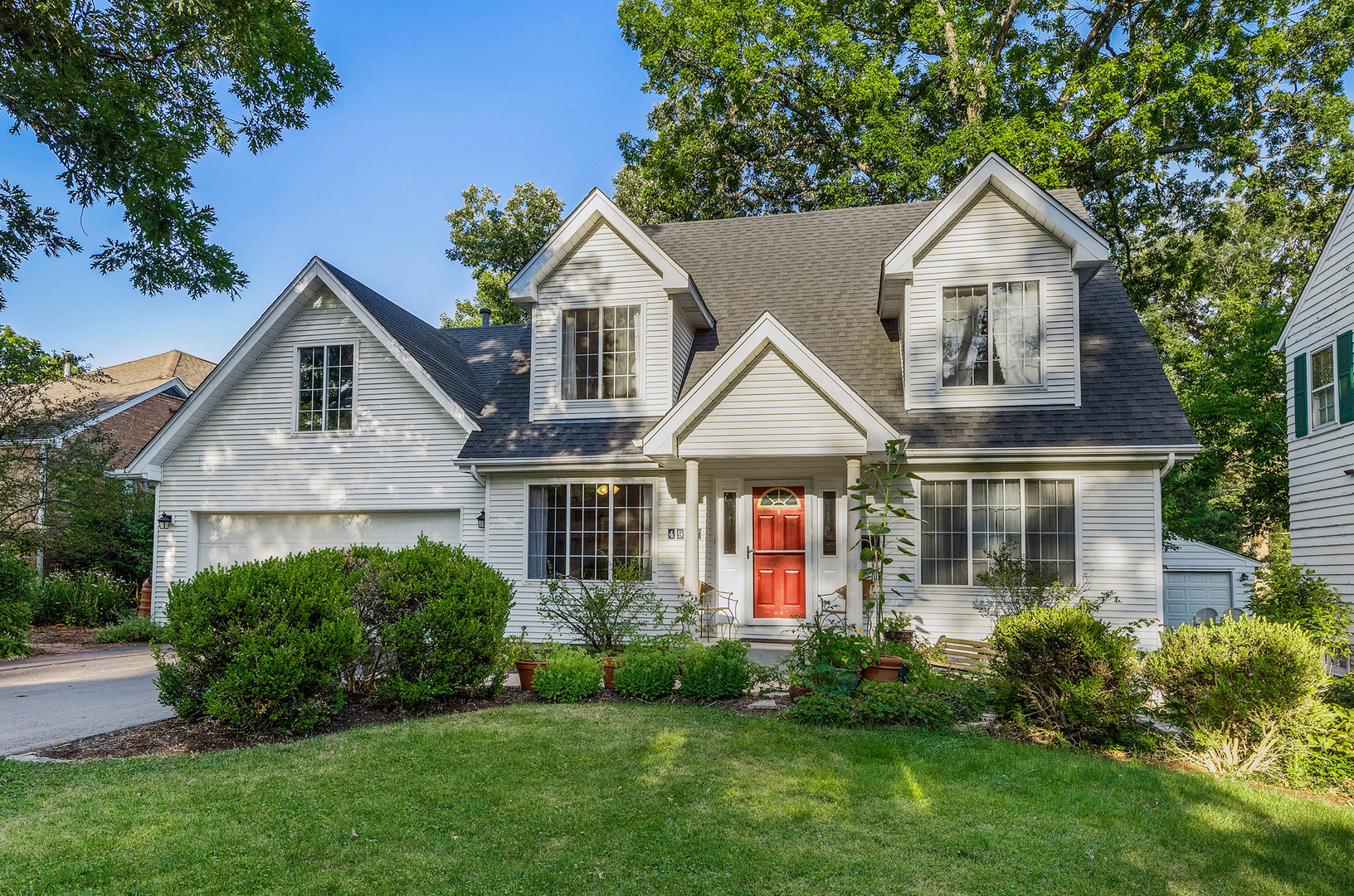 Photo for 4907 Seeley Avenue, Downers Grove, IL 60515 (MLS # 10818555)