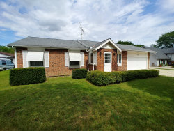 Photo of 827 Anchor Court, Bartlett, IL 60103 (MLS # 10824200)