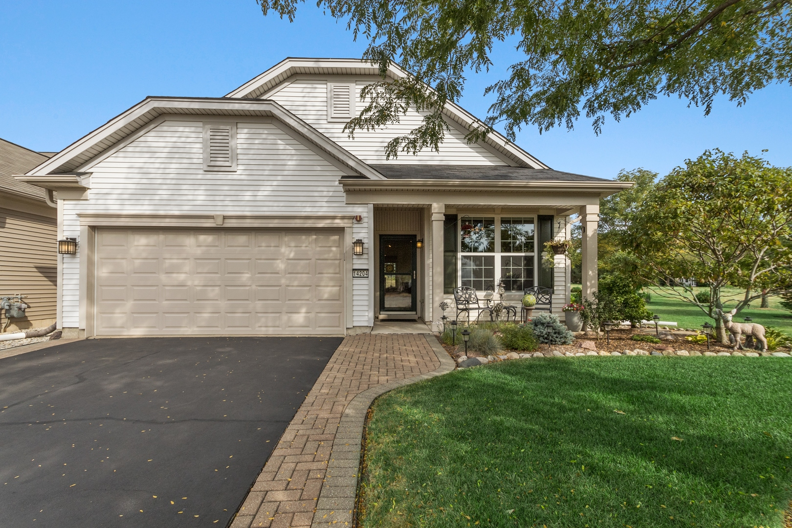 Photo for 14204 Flagstaff Court, Huntley, IL 60142 (MLS # 10844965)