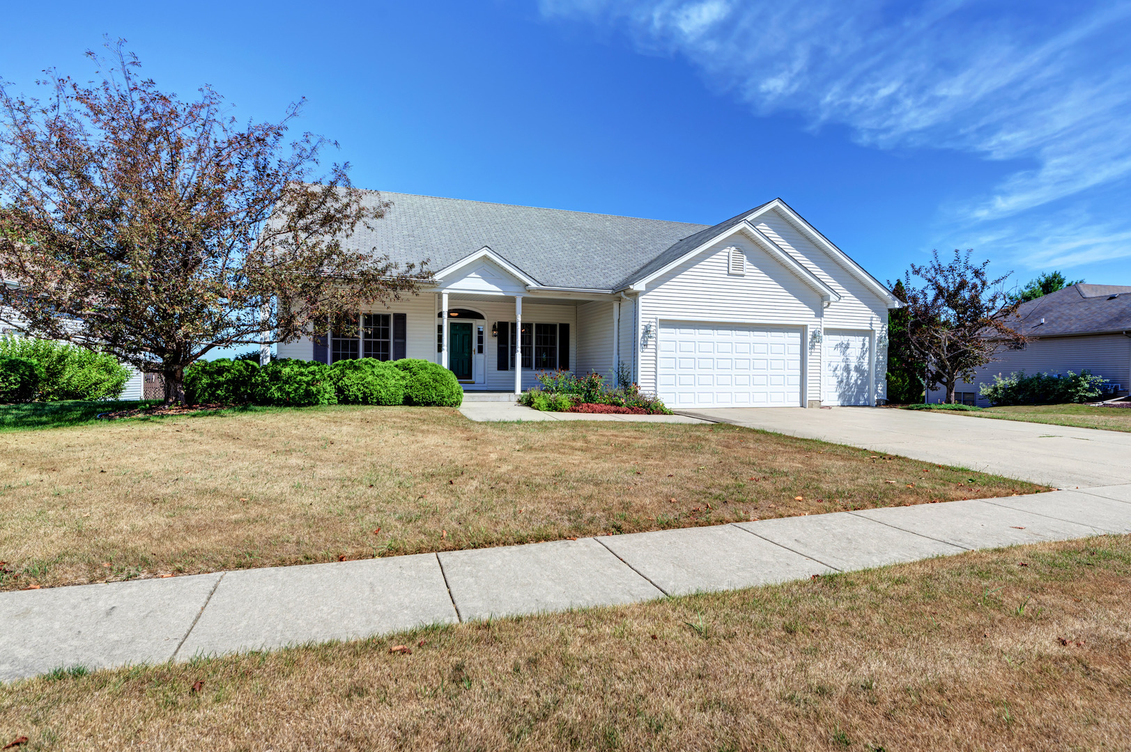Photo for 604 Woodside Terrace, Hampshire, IL 60140 (MLS # 10845465)