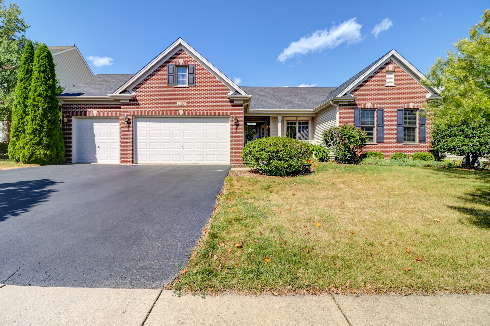 Photo for 2062 Tunbridge Trail, Algonquin, IL 60102 (MLS # 10847377)