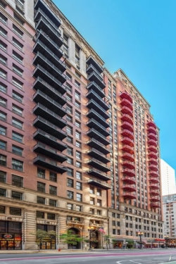 Photo of 212 W Washington Street, Unit Number 1002, Chicago, IL 60606 (MLS # 10859701)