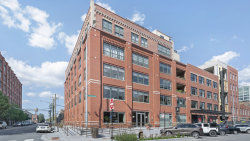 Photo of 1118 W Fulton Street, Unit Number 306, Chicago, IL 60607 (MLS # 10860929)