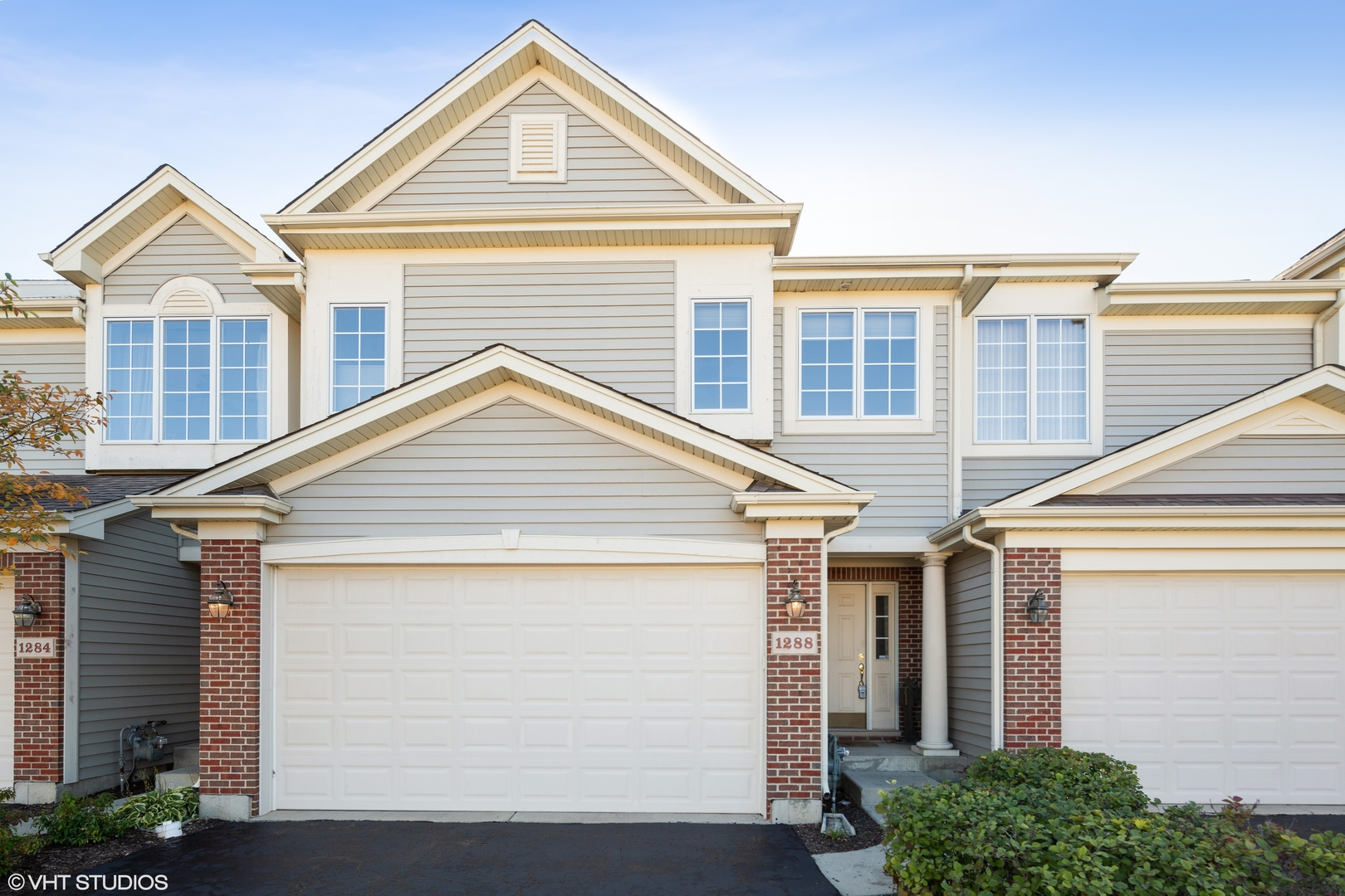 Photo for 1288 Westlake Drive, Cary, IL 60013 (MLS # 10862024)