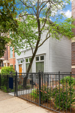 Photo of 2723 N Southport Avenue, Chicago, IL 60614 (MLS # 10877154)