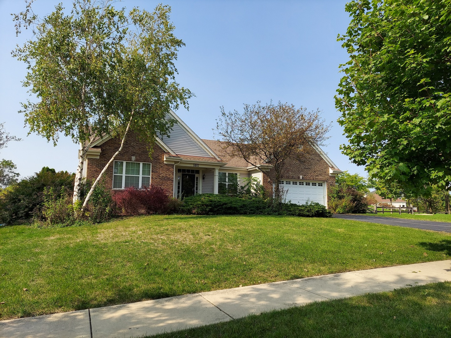 Photo for 1012 Nighthawk Way, Cary, IL 60013 (MLS # 10877820)