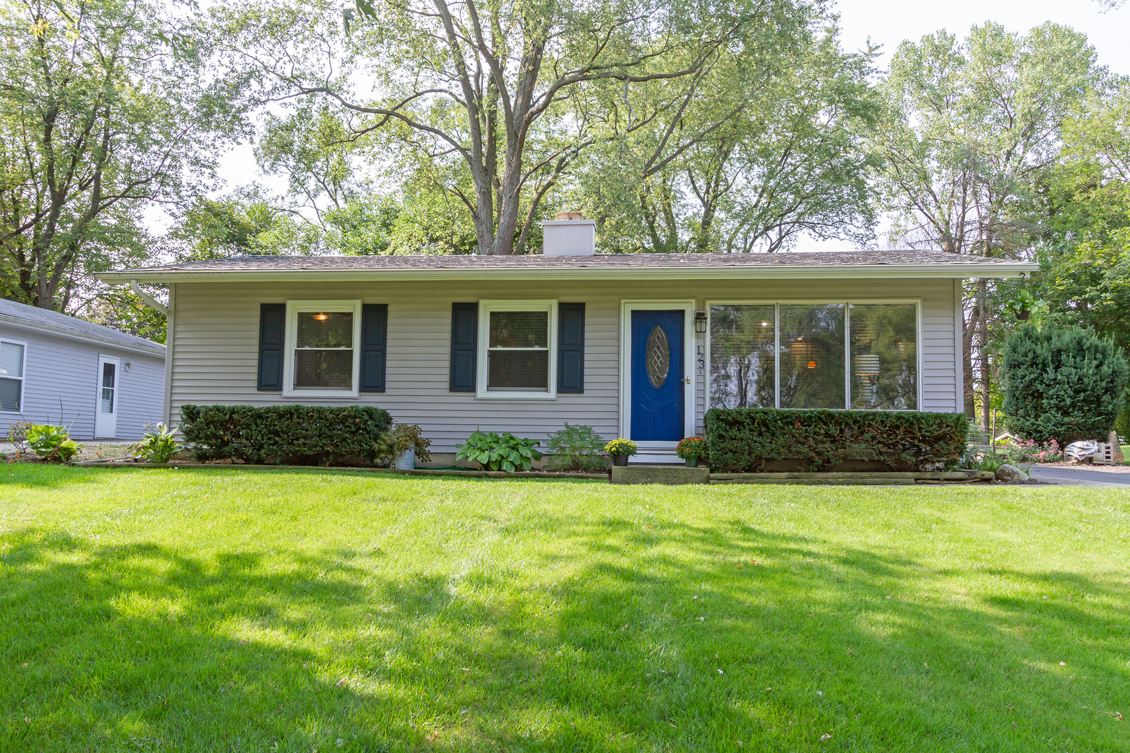 Photo for 123 S Seebert Street, Cary, IL 60013 (MLS # 10879734)