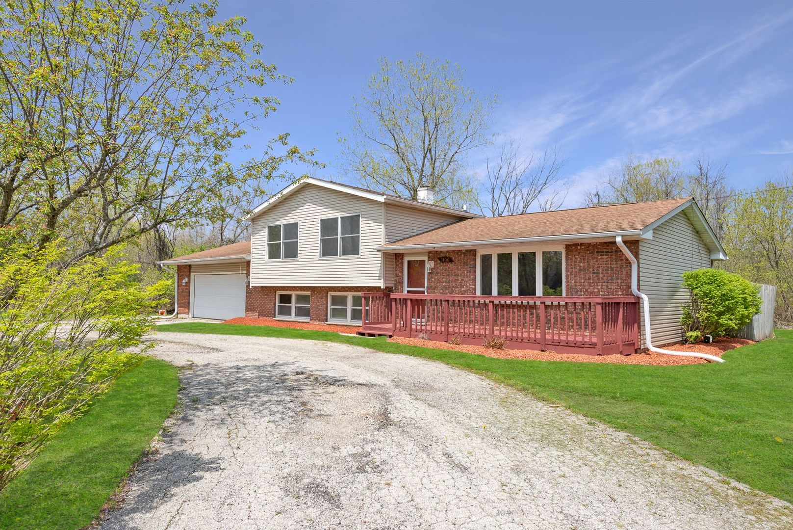 Photo for 3106 13th Street, Winthrop Harbor, IL 60096 (MLS # 10880772)