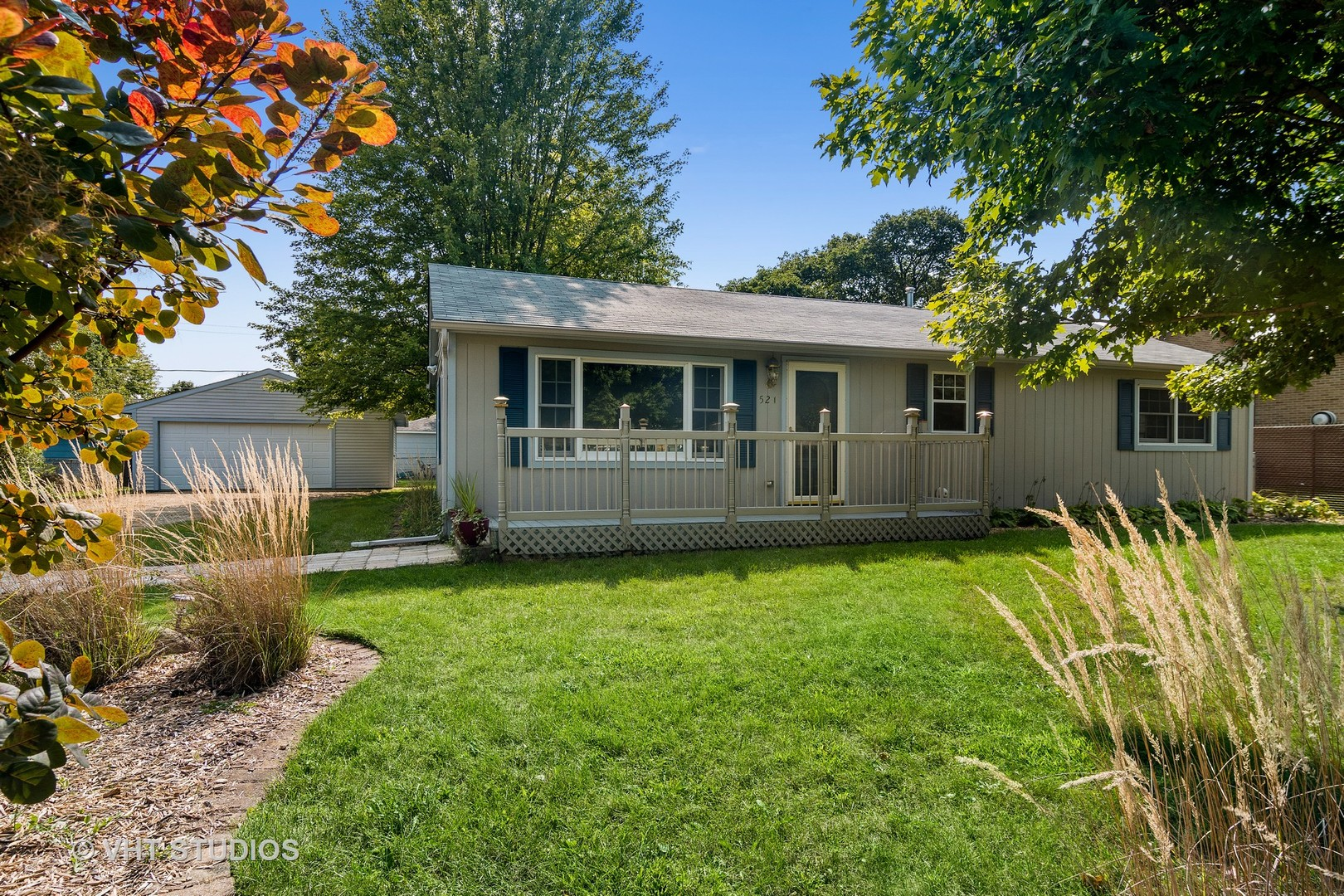 Photo for 521 Spring Avenue, South Elgin, IL 60177 (MLS # 10881274)