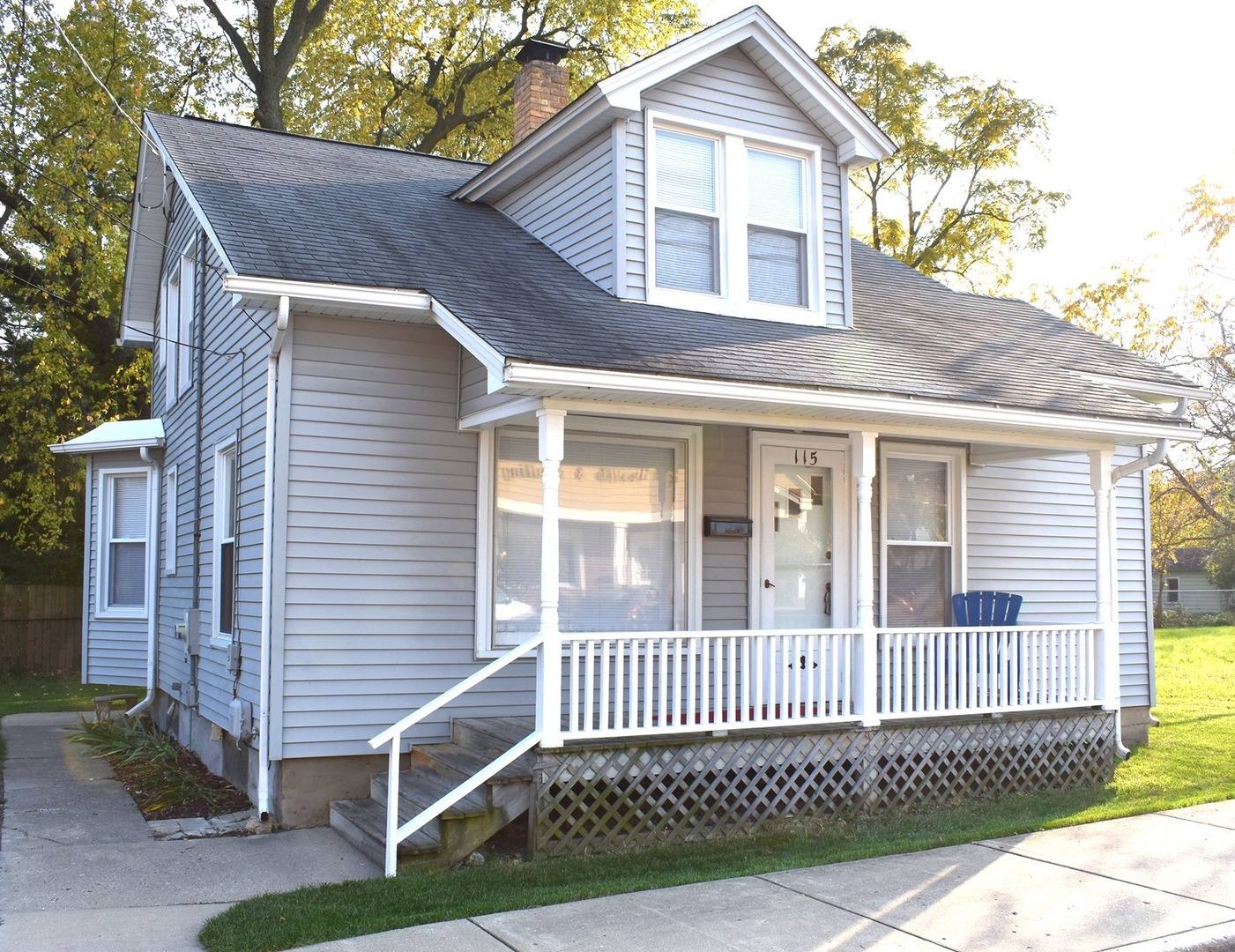 Photo for 115 Cary Street, Cary, IL 60013 (MLS # 10904722)